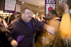 2008 seiu in protest at conference 250 image 2