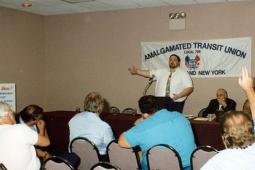 Larry Hanley addressing a crowd of ATU members.