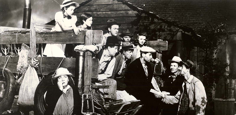 Scene from 1940 adaptation of Grapes of Wrath picturing family assembled
